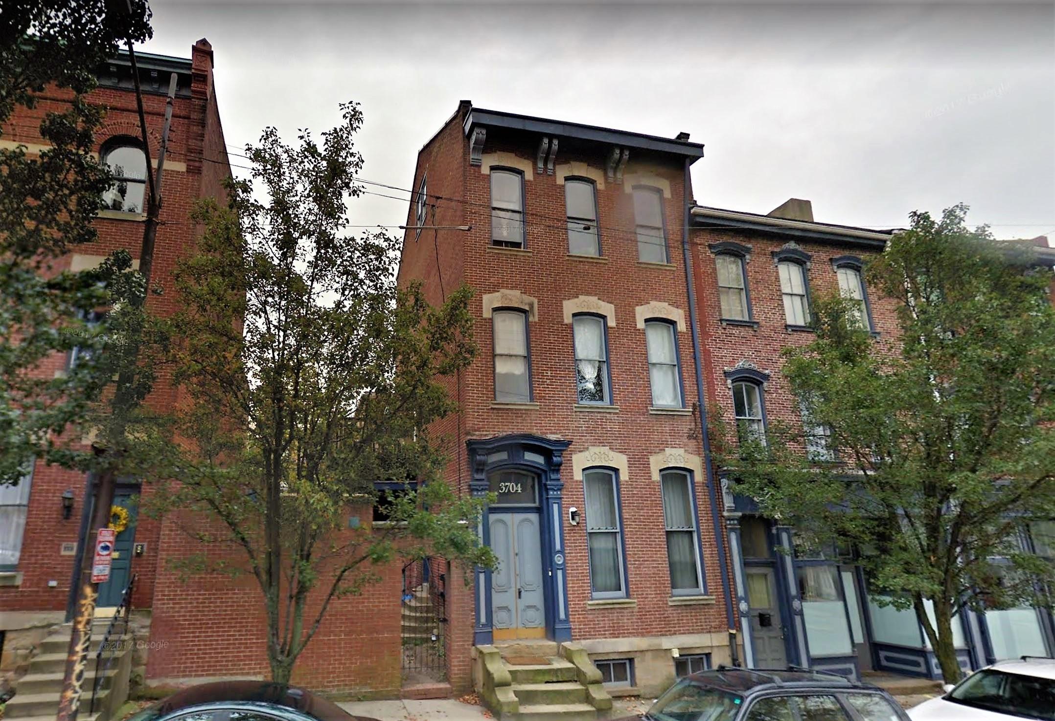 3704 Penn Avenue, Pittsburgh, PA - 1,100 USD/ month