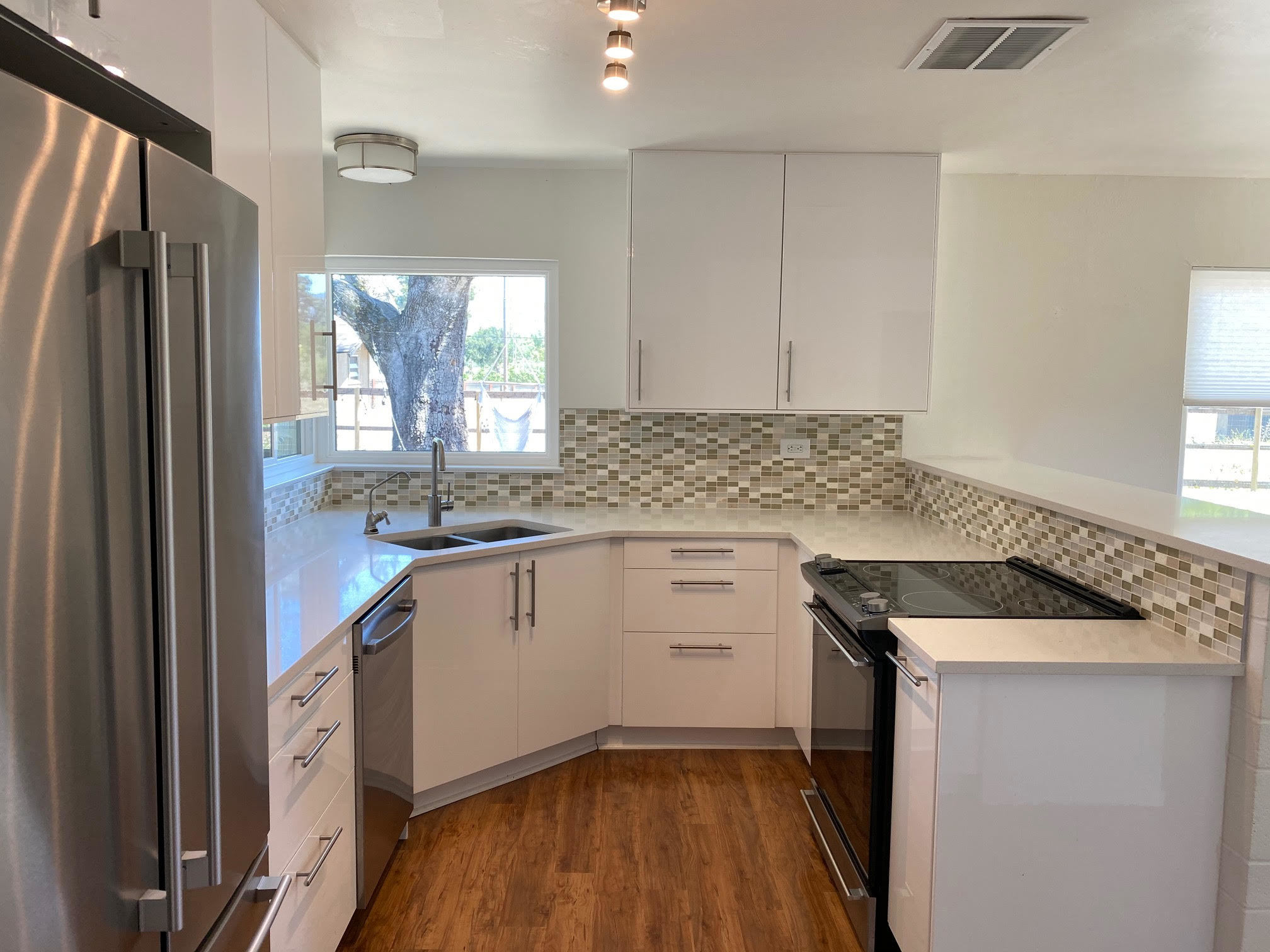 1544 Estee Avenue, Napa, CA, 94558 - 3