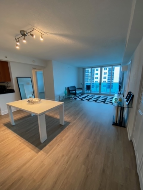 Apartment for Rent in North Bay Village