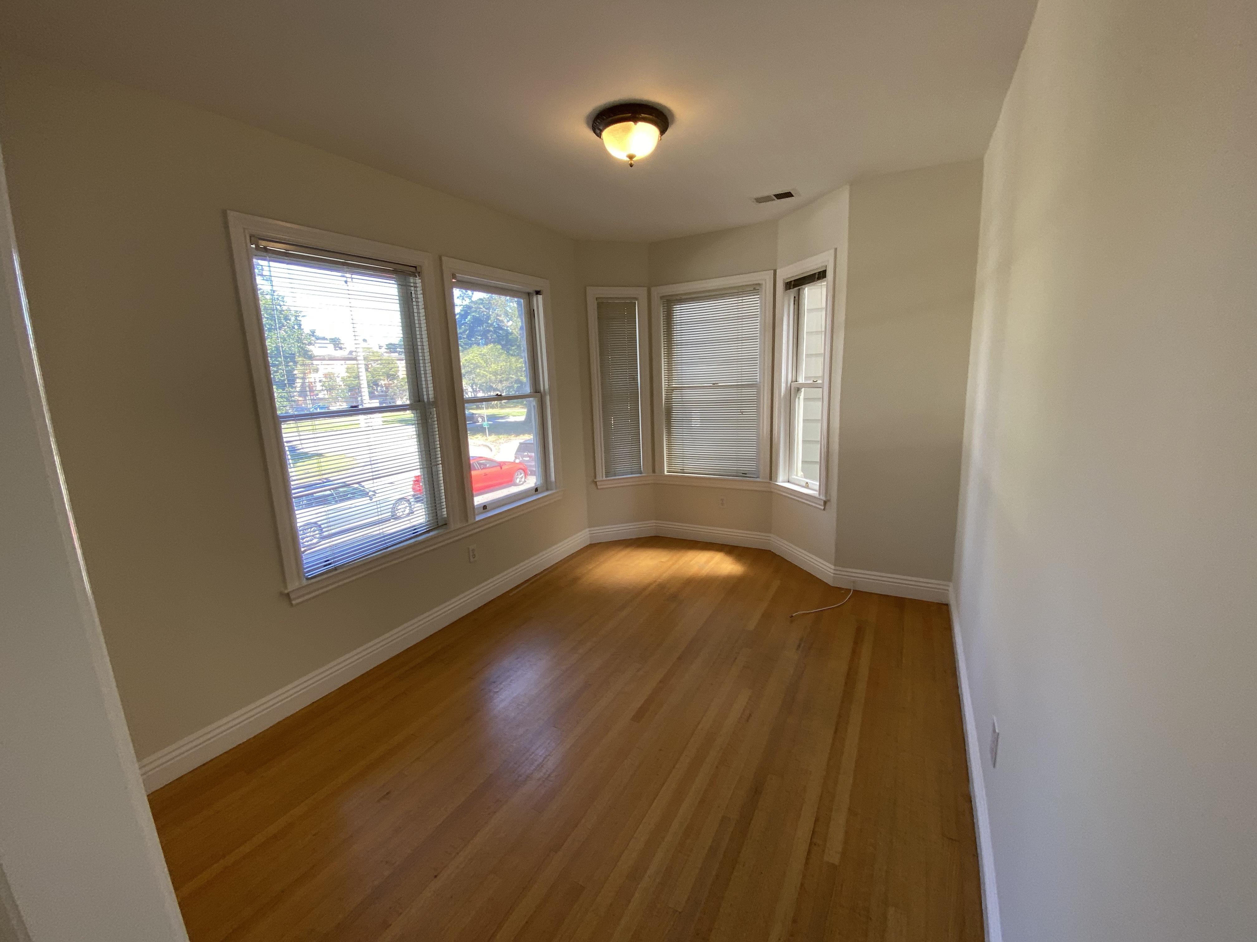 600 Stanyan Street, San Francisco, CA - 2,900 USD/ month