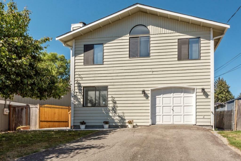 6311 17th Ave. SW #B, Seattle, WA - 1,795 USD/ month