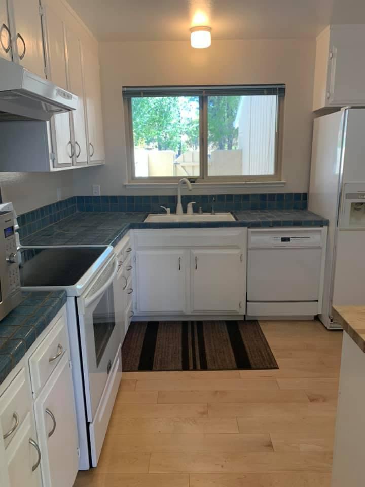 216 Pine Wood Lane, Los Gatos, CA, 95032 - 3