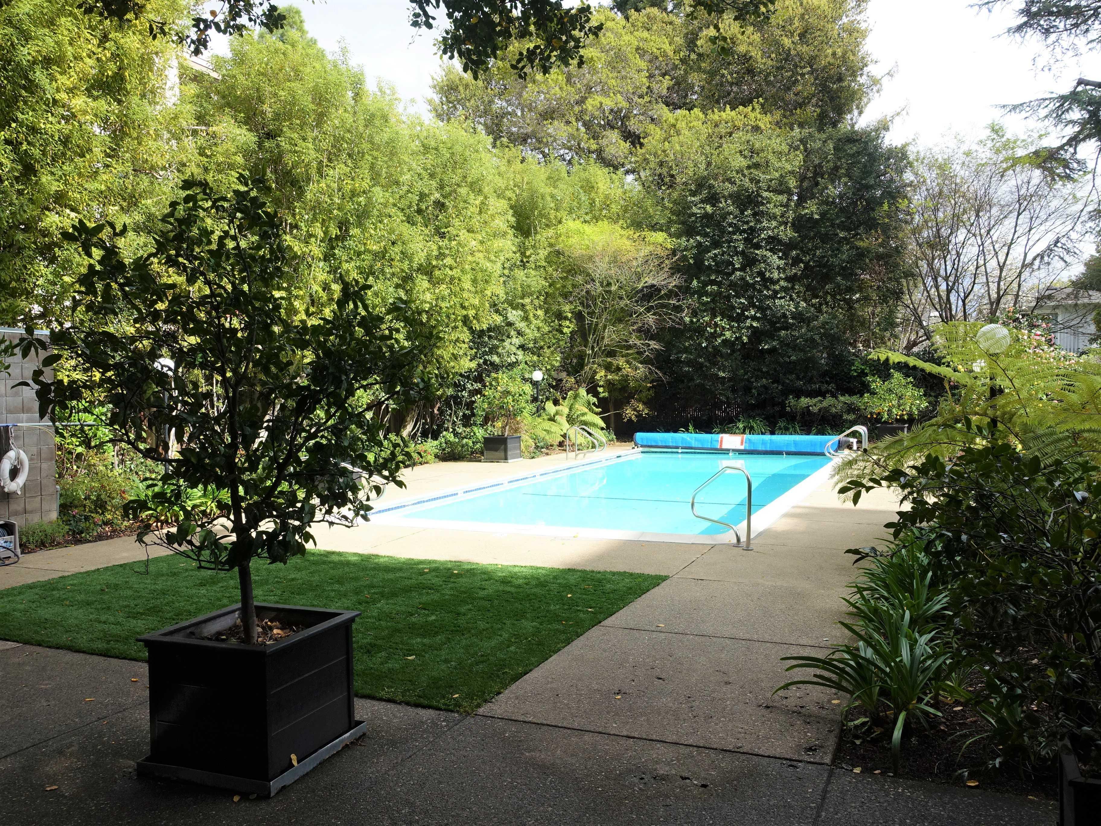 1330 University Drive  #84, Menlo Park, CA, 94025 - 29