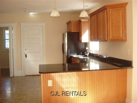 Apartment for Rent in Belmont